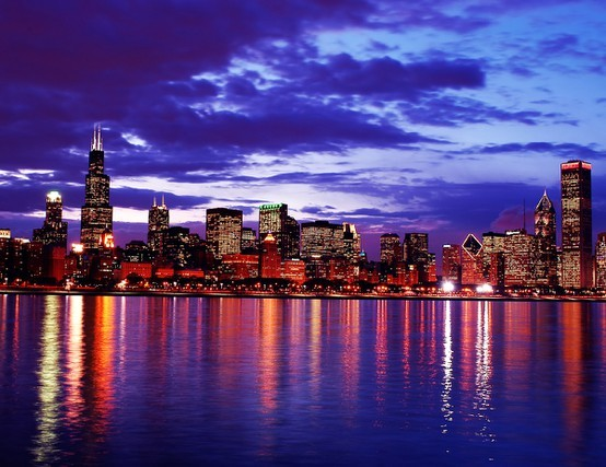 USA - CHICAGO NIGHT CLOUDS